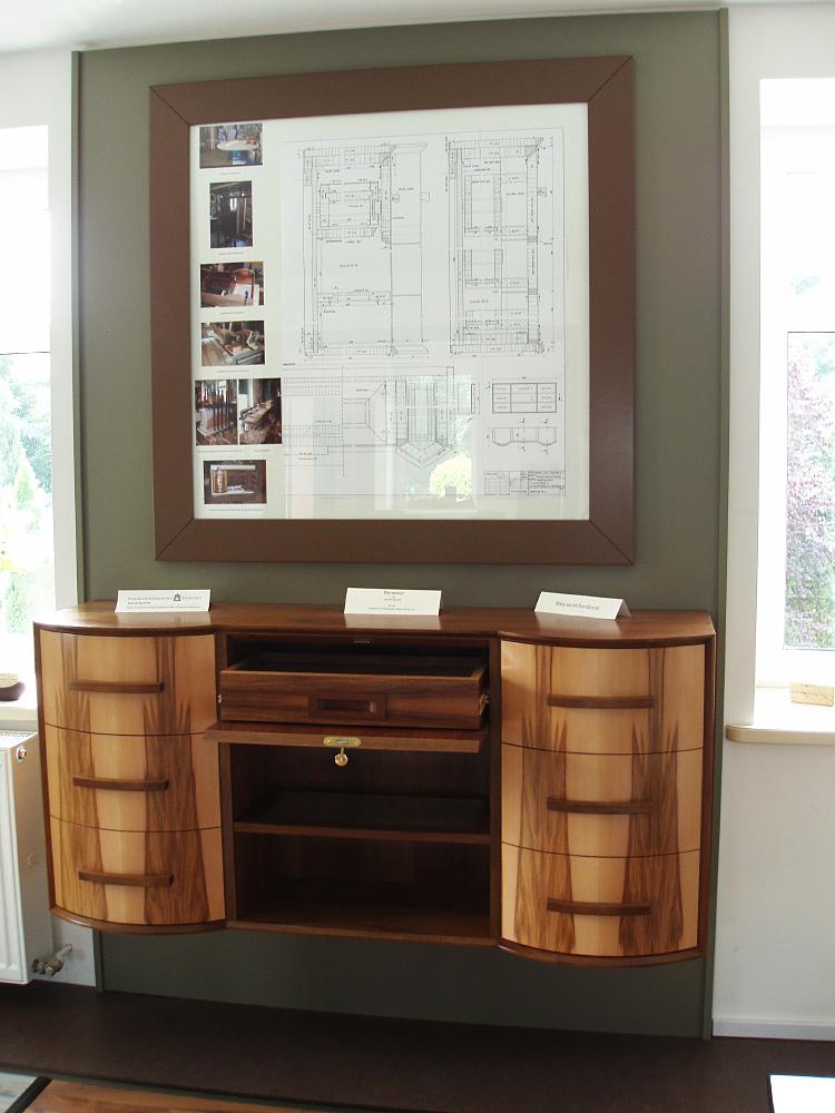 Sideboard Nussbaum - Meisterstück Daniel Schink