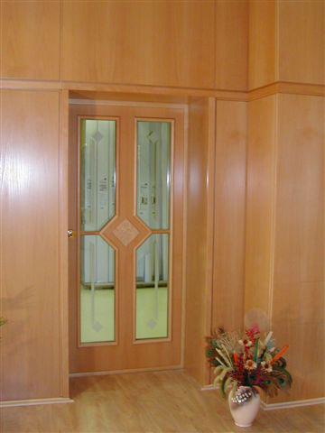 Türen Tischlerei Schink baut Ihre Türen in Dresden und Umgebung ein.